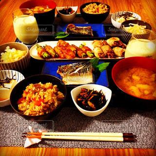 夕食の写真・画像素材[703354]