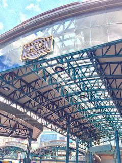 近くに鉄道駅のの写真・画像素材[935905]
