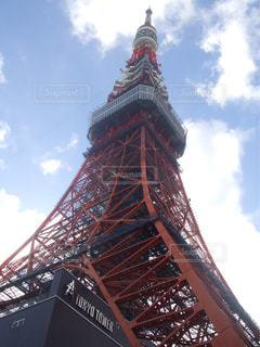 見上げる東京タワー - No.744796