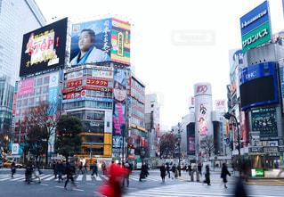 渋谷スクランブル交差点の写真・画像素材[1017751]
