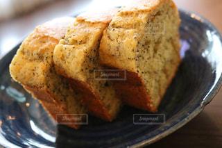 手作りパウンドケーキの写真・画像素材[1370938]