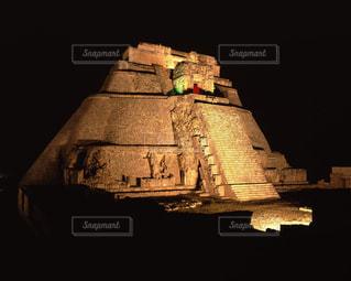 ウシュマル遺跡の魔法使いのピラミッドの写真・画像素材[717003]