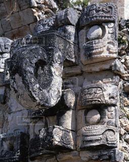 カバー遺跡の雨神チャックの写真・画像素材[717023]