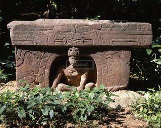 ラ・ベンタ遺跡勝利の祭壇の写真・画像素材[717270]