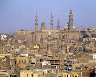 リファイ・モスクと街並みの写真・画像素材[728047]