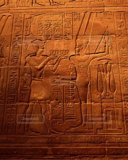 ルクソール神殿のレリーフの写真・画像素材[728130]