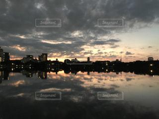 大濠公園の夕景の写真・画像素材[843330]