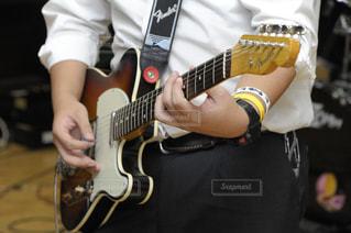 軽音部のギターの写真・画像素材[692783]