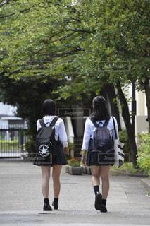 下校する女子高生の写真・画像素材[770061]