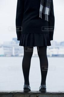女子高生の後ろ姿の写真・画像素材[851376]