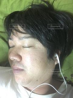 ベットの寝顔の写真・画像素材[1776513]