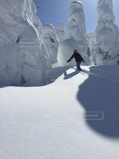 雪山の写真・画像素材[695406]