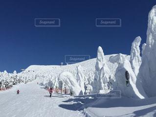 雪山の写真・画像素材[695408]