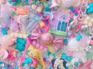 キャンドルとバースデー ケーキの写真・画像素材[715797]