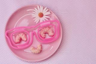 皿の上のケーキの一部 - No.1062789