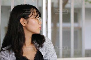 メガネ女子の写真・画像素材[1400373]