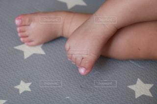 赤ちゃんの手の写真・画像素材[1400379]