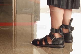 佇む足の写真・画像素材[1427565]