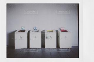 ゴミ箱の写真・画像素材[1569113]