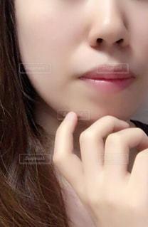 近くの女性のアップ - No.871935