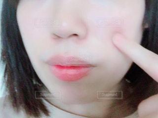 クローズ アップ撮影、selfie ピンクの髪を持つ女性のの写真・画像素材[1544836]