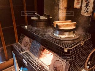 建物内のストーブ トップのオーブン リビングの写真・画像素材[1204599]