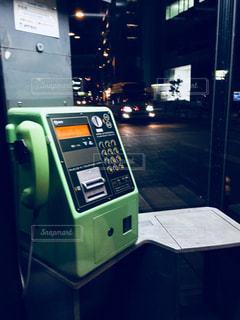 夜の電話ボックスの写真・画像素材[1209565]