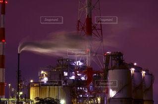 夜の街の景色の写真・画像素材[1302309]