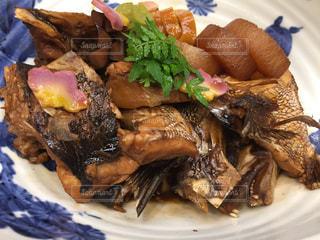 お魚料理。鯛の煮付けの写真・画像素材[1370748]