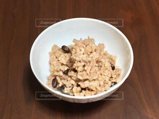 ダイエットや便秘によい、小豆を入れた寝かせ玄米。の写真・画像素材[1468670]