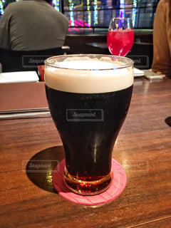 黒ビールの写真・画像素材[1885673]