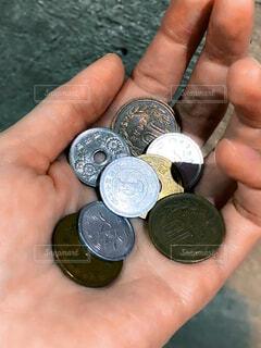 硬貨が全ての生活費の写真・画像素材[4260616]