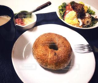 ある日の朝食の写真・画像素材[2241994]