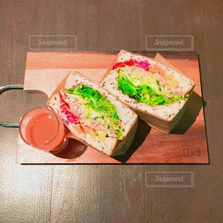 サンドウィッチの写真・画像素材[700252]