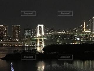 夜のひと時の写真・画像素材[875207]