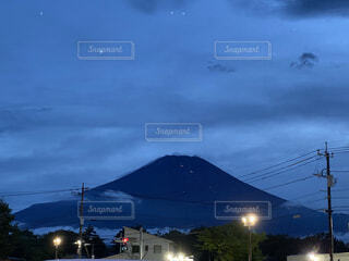 夜の都市の眺めの写真・画像素材[4770312]