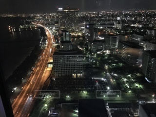 夜の街の景色の写真・画像素材[890921]