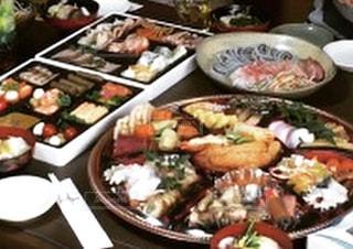 テーブルの上に食べ物のプレート - No.707093