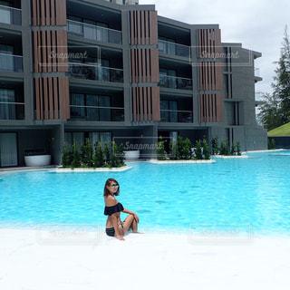 プールの水の男の写真・画像素材[706991]