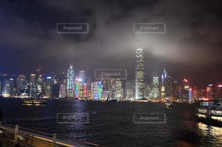 香港ビクトリアハーバーの写真・画像素材[708659]