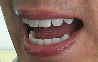 歯並び綺麗な男子の写真・画像素材[3151019]