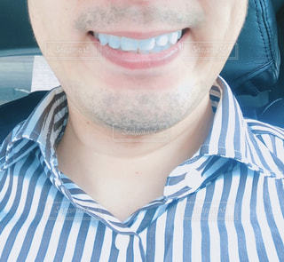 微笑む白い歯のオヤジの写真・画像素材[3283652]