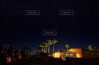 夜空の花火の写真・画像素材[707898]