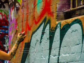 ストリートアート製作中の写真・画像素材[848646]