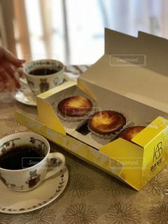 生チーズケーキとコーヒーの写真・画像素材[1065003]