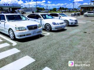警察の車を駐車場に駐車の写真・画像素材[708297]