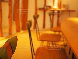 部屋の椅子の写真・画像素材[711417]
