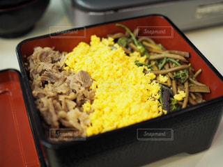 米と野菜と食品のトレイの写真・画像素材[716411]