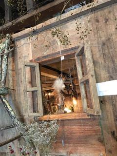 れんが造りの建物の前に暖炉 - No.792011