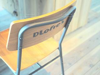黄色の椅子の写真・画像素材[995097]